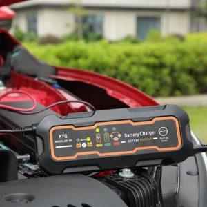 Quel est le meilleur chargeur de batterie voiture?